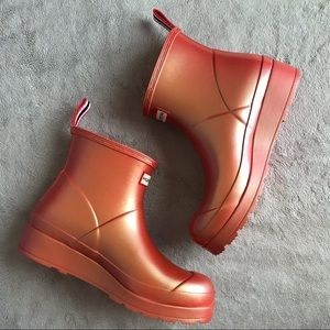 Hunter Short Nebula Play Rain Boot Rhythmic Pink 8